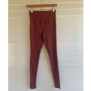Clay red color ribbed leggings